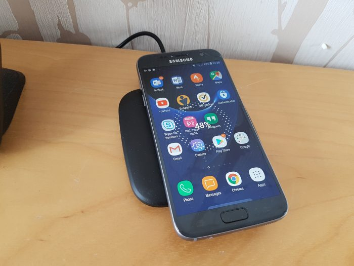 Dodocool Slim Fast Wireless Charger   Review