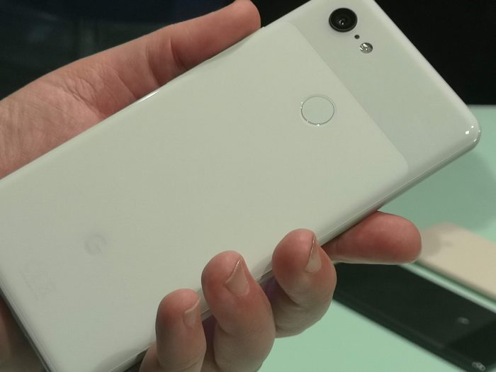 EE to take the Google Pixel 3 and Pixel 3 XL