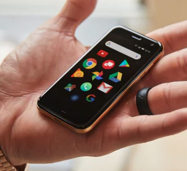 Palm, the ultra mobile smartphone companion, exclusive to Vodafone