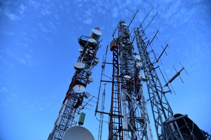 Three sink over £2bn into 5G