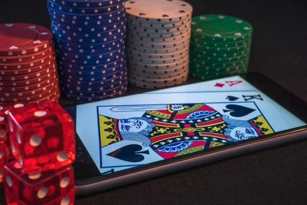 Card games on your smartphone