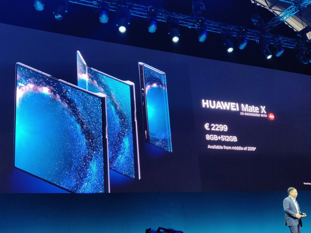 MWC   Huawei launch the Mate X Folding phone