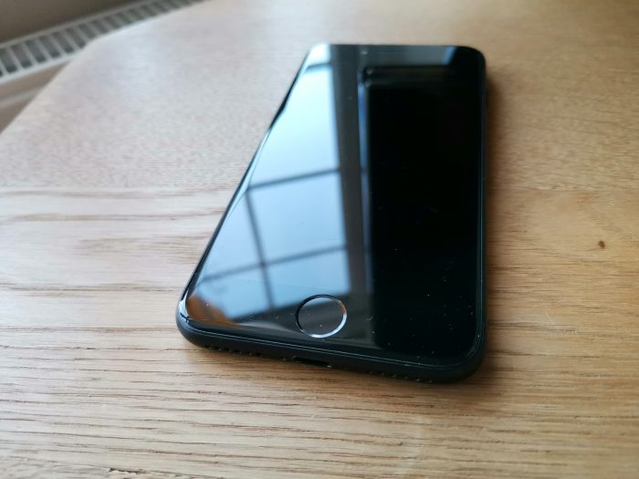 Buying a reconditioned iPhone and saving money. My story..
