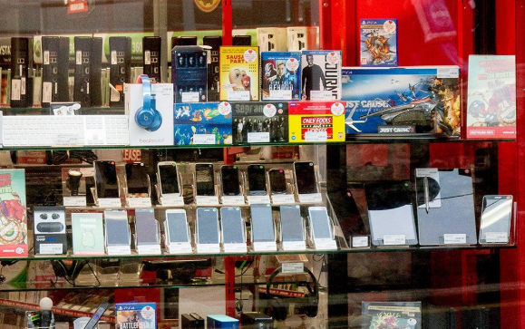 Smartphone safety and security. It's still a big deal.