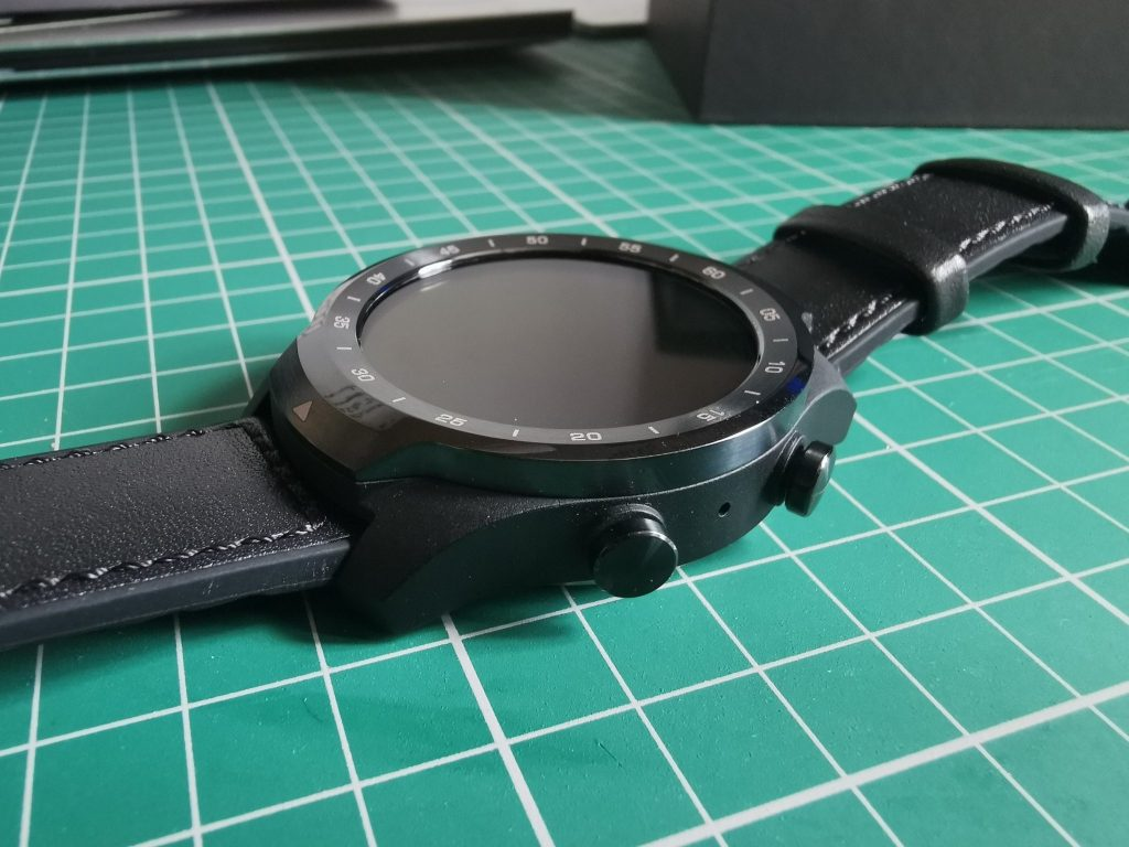 TicWatch Pro   Unboxing