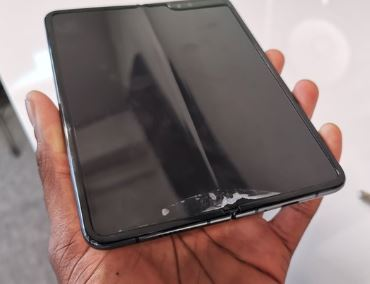 The Samsung Galaxy Fold   Back from the (near) dead and ready to buy soon!