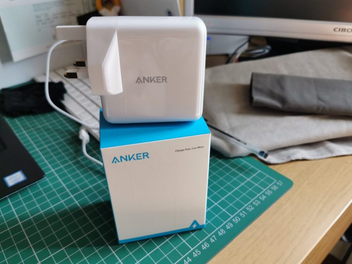Anker PowerPort + Atom III 2 and PowerPort III Mini   Review.