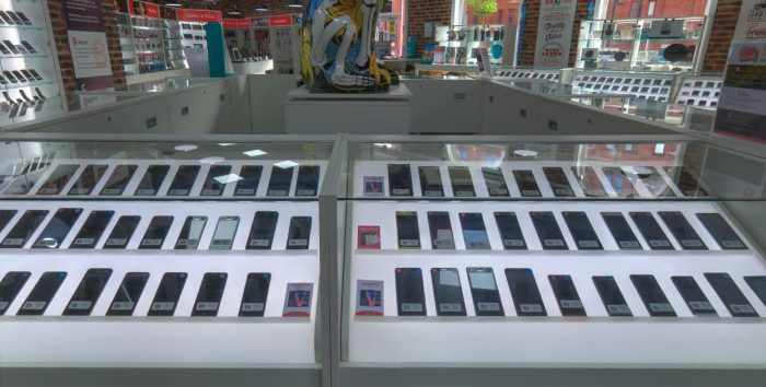 Saving cash on your next smartphone. Its so easy, why arent more people doing it?