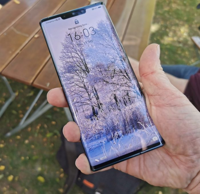 The Huawei Mate 30   Missing more than just Google Apps