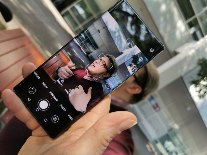 Live   Hands on pics with the new Huawei Mate 30 and the Mate 30 Pro